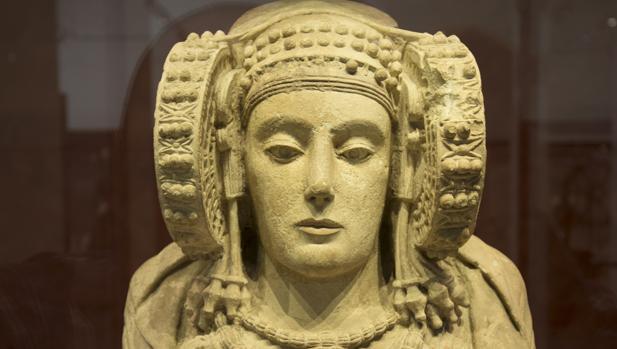 El misterio y la dama de Elche